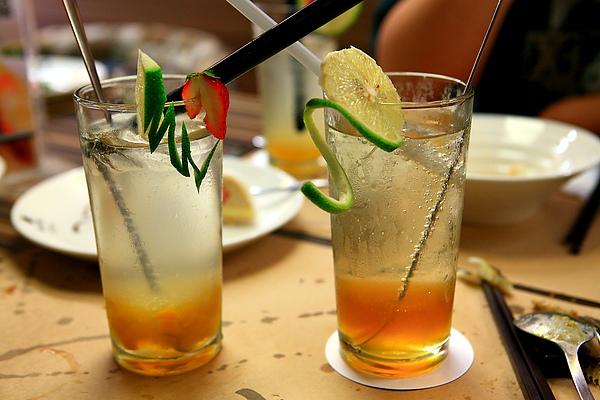 餐,飲料,蜜桃、青梅氣泡沙瓦.JPG