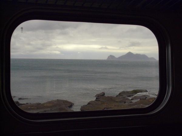 2008.02 坐電車往礁溪.JPG