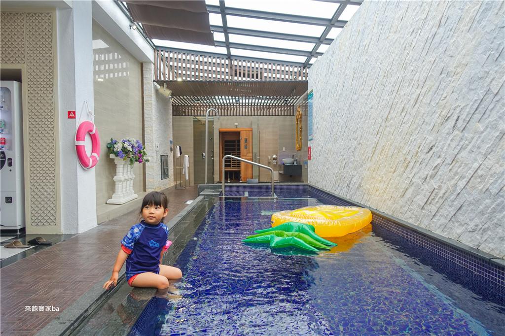 台中汽車旅館推薦-水雲端游泳池KTV房 (37).jpg