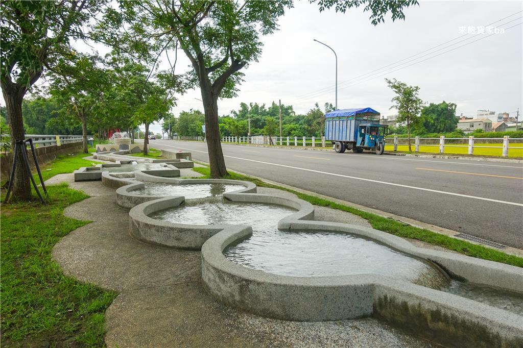 雲林玩水雲林西螺大橋親子公園戲水區 (7).jpg