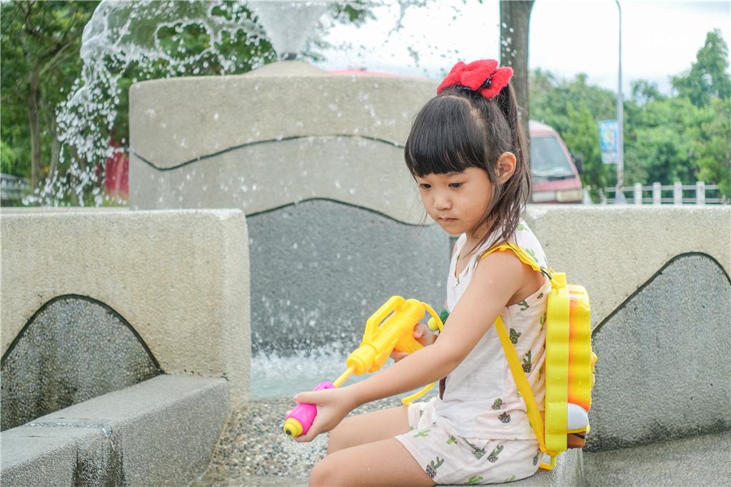 雲林玩水雲林西螺大橋親子公園戲水區 (12).jpg