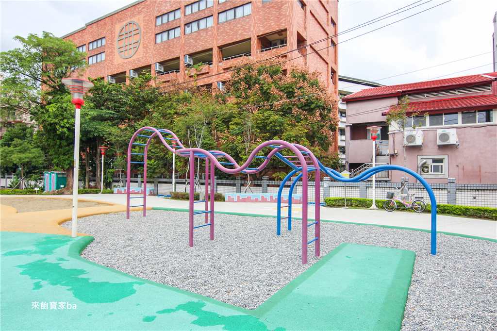 新北親子景點東昇公園 (43).jpg