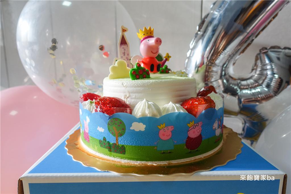 佩佩豬Peppa Pig蛋糕 (2).jpg