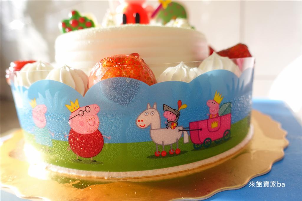 佩佩豬Peppa Pig蛋糕 (4).jpg