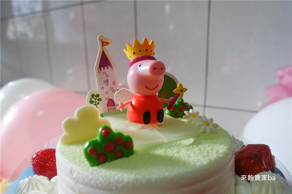 佩佩豬Peppa Pig蛋糕 (3).jpg