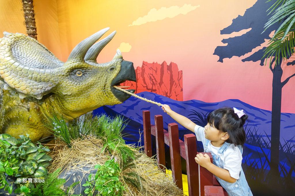 台中展覽-侏羅紀恐龍水世界 (42).jpg