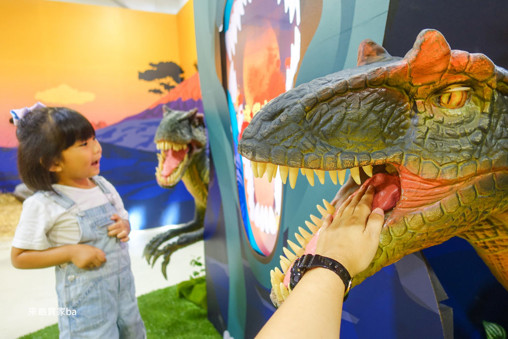 台中暑假展覽-侏羅紀恐龍水世界 (62).jpg