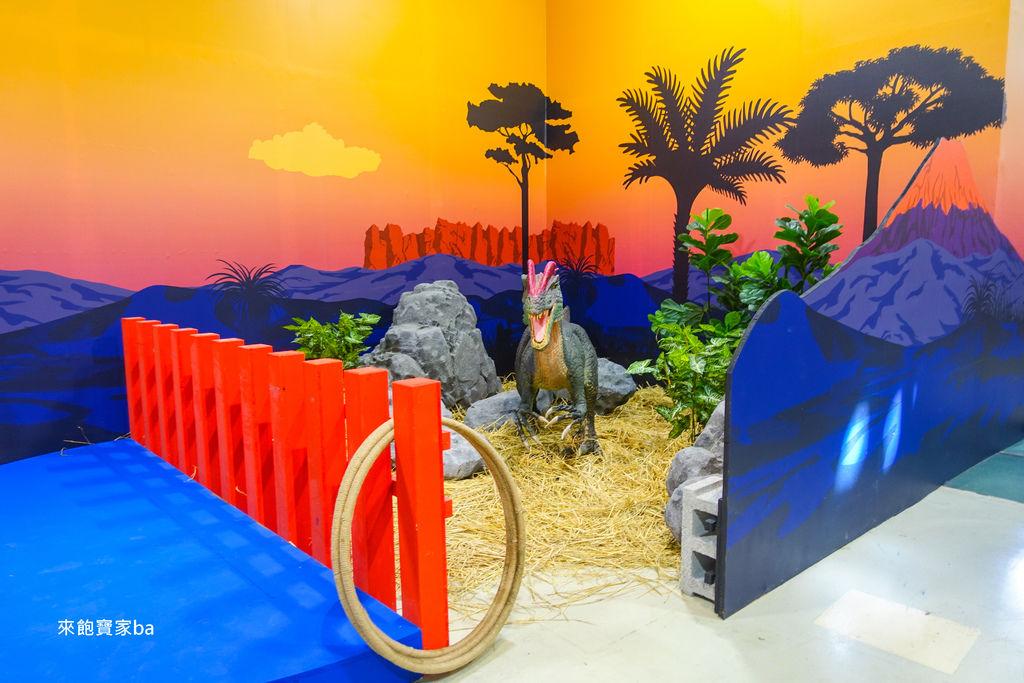 台中暑假展覽-侏羅紀恐龍水世界 (66).jpg