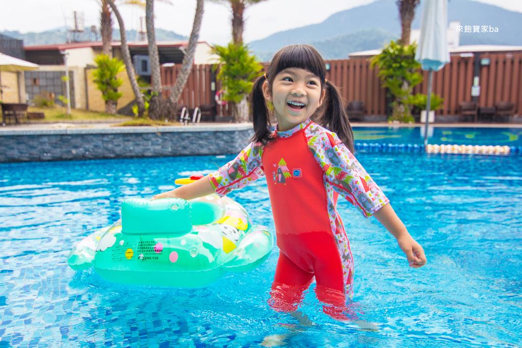 兒童泳衣推薦-2.jpg
