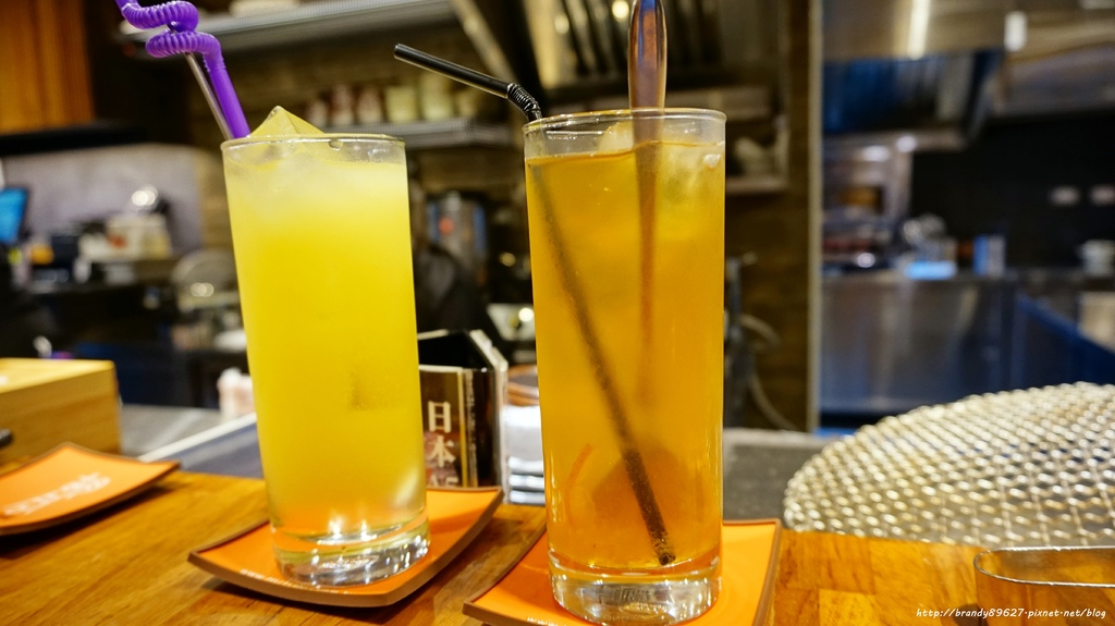 黃金柚子茶、法奇納伯魯.JPG