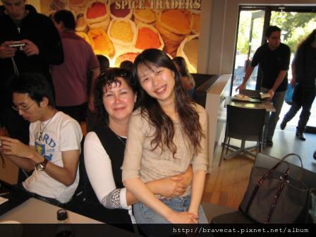 IMG_0162 CCEL-Donna很疼我的老師,她說如果工作上有需要,她可以當我的推薦人.JPG