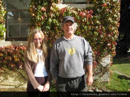 IMG_1014 往Arrowtown的路上,私人美術館作家Thomas和他的老婆.JPG