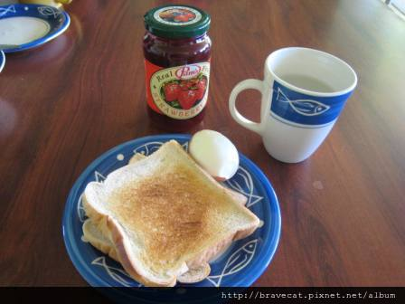 IMG_1317 Tecapo YHA-早餐.JPG