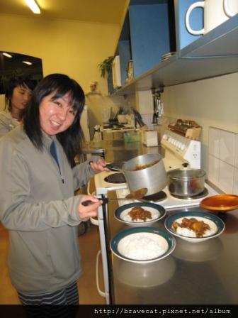 IMG_0090 Bakers Lodge-今晚吃咖哩飯唷,主廚事Yayoi.JPG