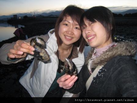 IMG_2497 Motueka Beach-大Mussel.Emily & Me.JPG