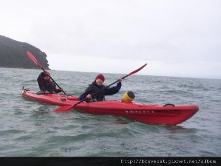 100_4588 Kiwi Kayaks - 我跟Jody一組.JPG