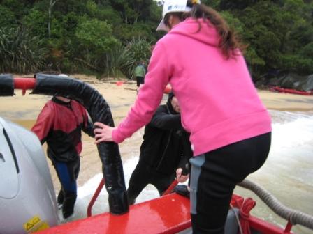 IMG_3376 Kiwi Kayaks - 下船.JPG