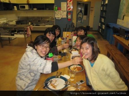 IMG_0510 Party Time Again,啊 ~我餵你唷. Seah & Youjin & Emilia & Yayoi & Naomi.JPG