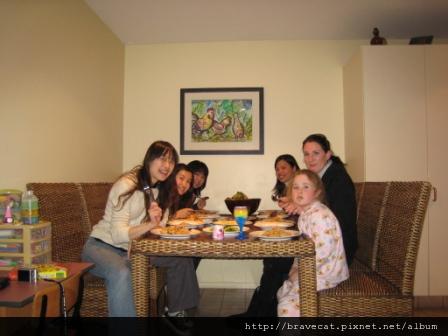 IMG_0750 開動囉. I & Selina & Yayoi & Sherry & Joanne & Emmaline.JPG