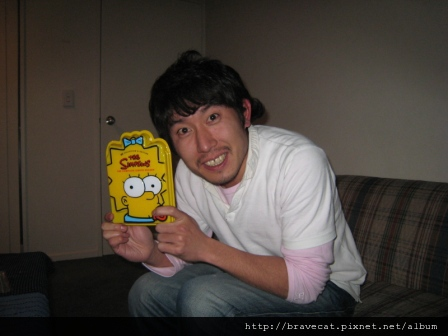 IMG_0790 Gen買Simpsons來練習聽力,好可愛.JPG