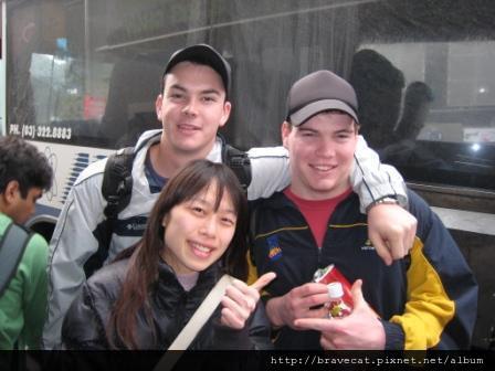 IMG_1246 好心人Nathan & Tom (故事請見 - - 幸運的開始~謝謝你好心人).JPG