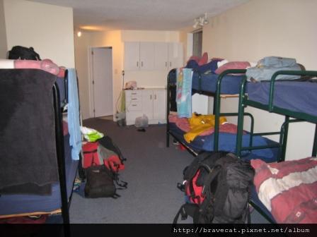 IMG_1811 Aspen Lodge - 1號房~10 人混住Dorm Room(精彩故事請見-小姐,請你搞清楚這是10人房,不是雙人房).JPG