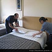 IMG_0070 最後再鋪上床罩.jpg