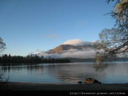 IMG_5503 Lake Wakatipu.jpg