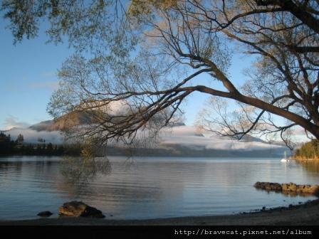 IMG_5504 Lake Wakatipu.jpg