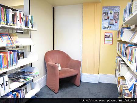 IMG_1843 QT圖書館,我最愛的位置.JPG