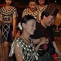 錦波族傳統服飾