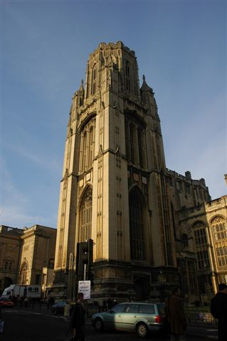 Bristol大學