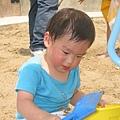 潔癖小蟲第二次玩沙