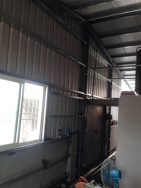 屋頂鐵皮增建2