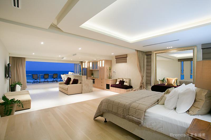 OCEAN Master Suite Top Floor.jpg