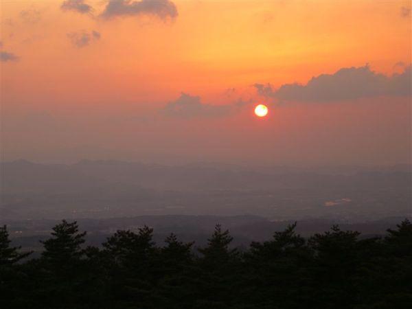 從房裡望出,正是日落美景,太美啦!