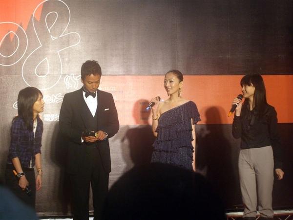 2008-11-19前往觀賞金馬影展-余命,映前男女主角椎名桔平與松雪泰子兩位大明星親自來台宣傳