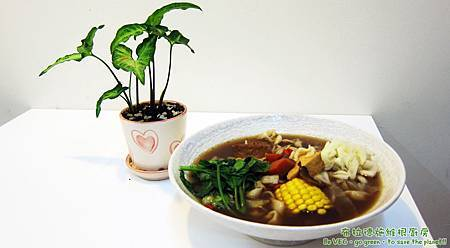 冷呼呼的冬天一定要來一碗真材實料的藥膳拉麵!