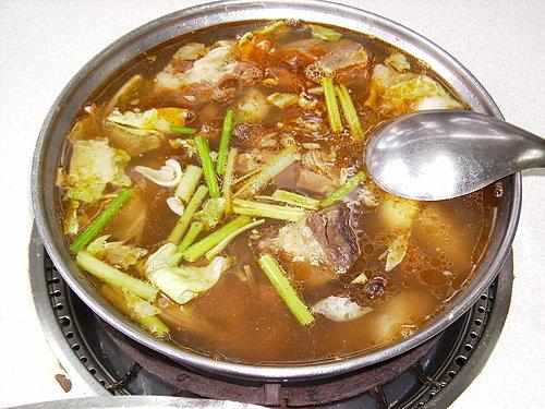 第二道菜色 羊肉爐.jpg
