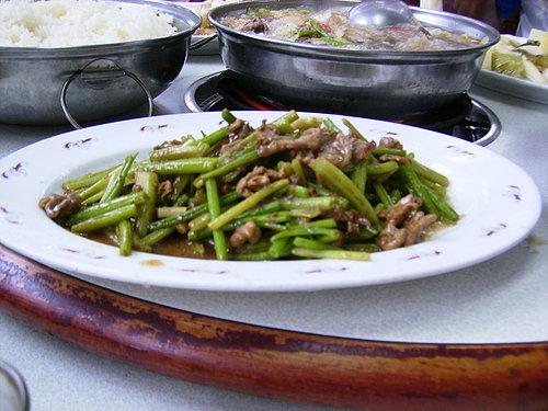 第五道菜色 芹菜炒羊肉.jpg