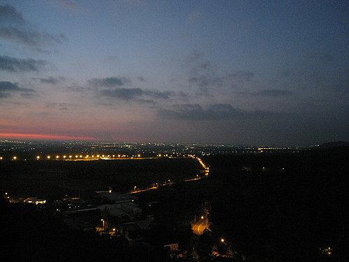 慈園美麗的夜景 有機會要來看看喔!.jpg