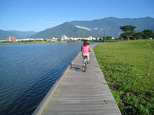 大波池自行車道.jpg