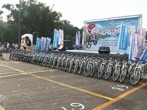 活動完後的模採獎品 將近30輛各式腳踏車.jpg
