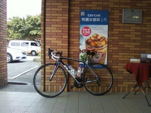 試騎K90_淡金公路_金山小七.jpg