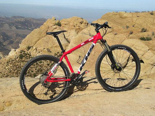 SixFifty 606 在 Mini Moab山頂.jpg