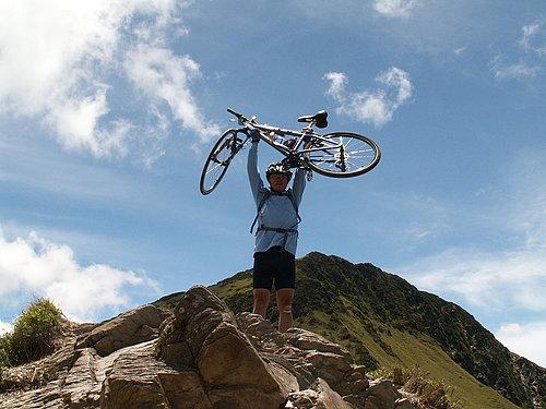 石先生您準備將腳踏車丟了嗎.jpg