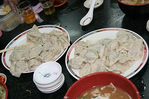 美味的晚餐 -- 50顆水餃.jpg