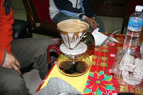 咖啡一點一滴的落下.jpg