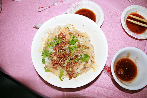 長征慶功宴 -- 海鴻飯店 -- 板條(來到客家村絕對不能錯過的美味).jpg