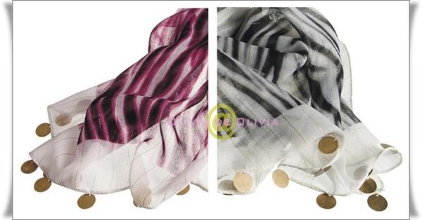 H&M斑馬紋圍巾官網圖2.jpg